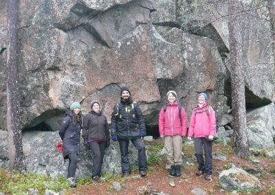 17 iloisimmat Fadia, Minna, José, Mako ja Riitta Imarrekivellä 121117, kuva PR